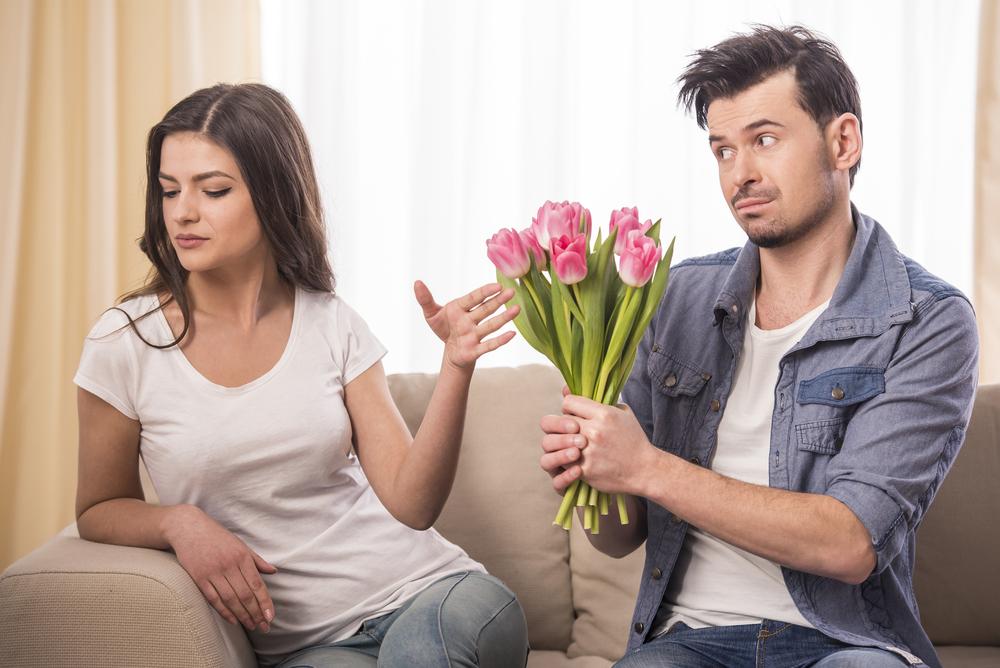 相手に服従をして離婚を回避する方法!最低限の生活費も奥さまの方に入金する様にすれば旦那さまの反省度合いも奥さまに伝わる?
