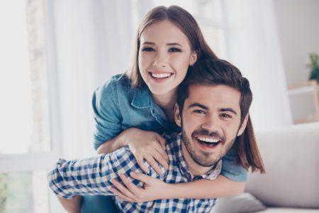 芸能人から学ぶ、夫婦仲が良いカップルの特徴